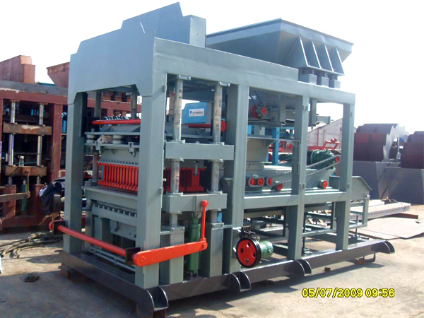 automated concrete block machine